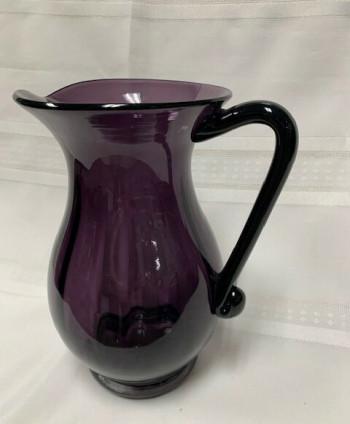 Glass pitcher/vase